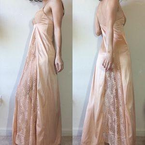 Vintage Intimates & Sleepwear - Lace Peek A Boo Vintage Nude Slip